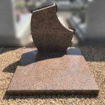 Monument cinéraire en granit rose de Bretagne - Marbrerie Borro